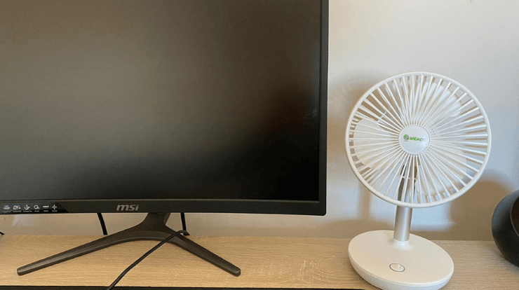 Meaco 260c fan on office desk